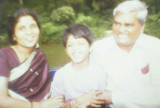 Ashish-with-his-parents