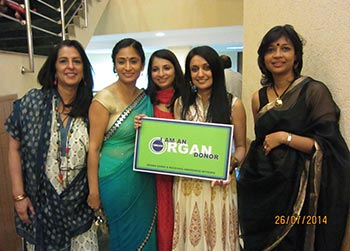 From L to R - Ms Eeda Chopra, Ms Anika Parashar (Trustee of the Foundation), Ms Sunayana Singh (CEO Paashar Foundation), Sonam Kalra, Ms Pallavi Kumar (Executive Director to MOHAN Foundation)