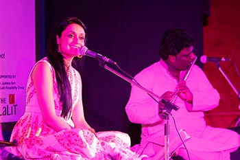 Sonam kalra Performing at the event